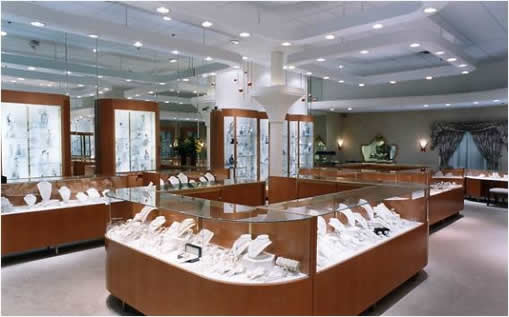 digital signage for jewelry stores